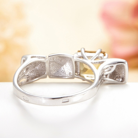 Кольцо цитрин  огранка (серебро 925 пр.) размер 18