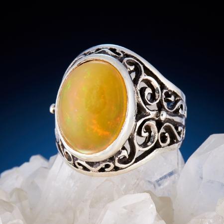 Кольцо опал желтый  (серебро 925 пр.)  размер 17,5Опал<br>Кольцо опал желтый  (серебро 925 пр.)  размер 17,5<br><br>kit: None