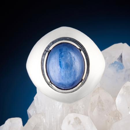Кольцо кианит  (серебро 925 пр.)  размер 17