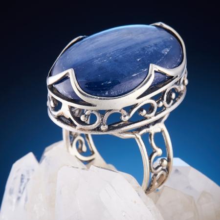 Кольцо кианит  (серебро 925 пр.)  размер 17,5